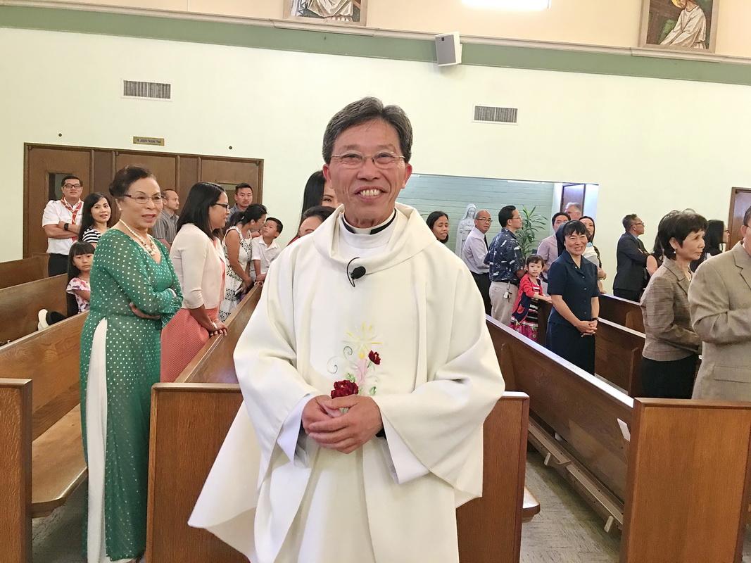 Chúc Mừng LM Chu Vinh Quang 25 năm Ngân Khánh, 18 June 2016