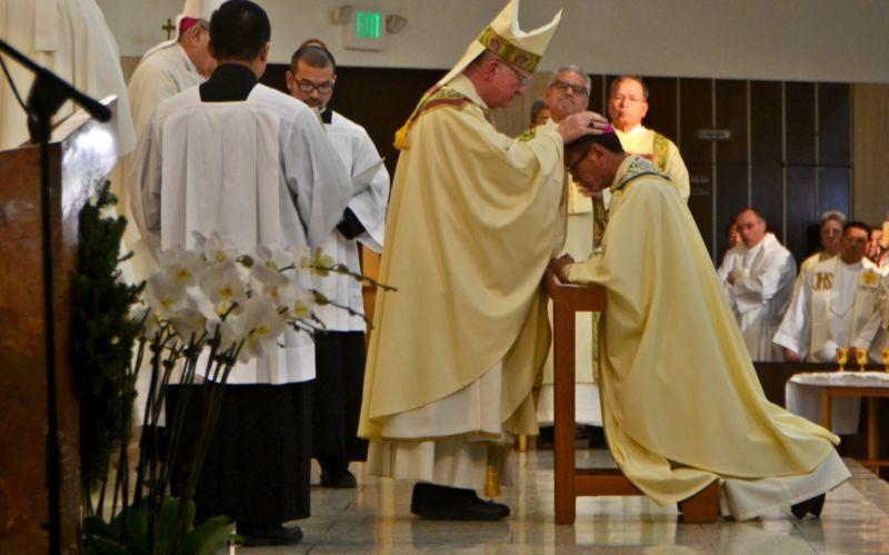 Thánh lễ tấn phong Phụ Tá Giám Mục Nguyễn Thái Thành tại nhà thờ Saint Columban 19-12-2017