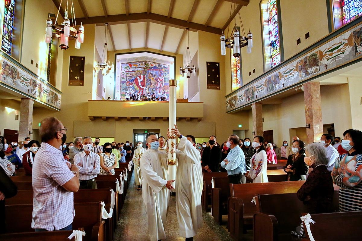 Thánh Lễ Vọng Phục Sinh trong Mùa Đại Dịch Covid 19